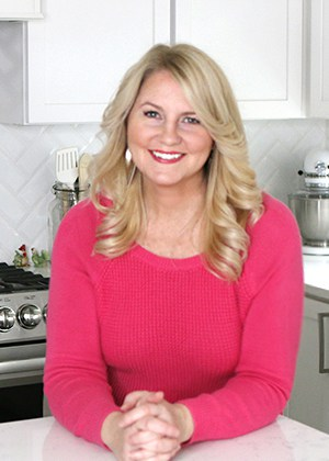 Amy Locurto is a food blogger who shares recipes, party ideas and travel tips on her blog Living Locurto. Fun food ideas, home decor, crafts and vacation ideas for the family. Dallas, Texas Lifestyle Blogger